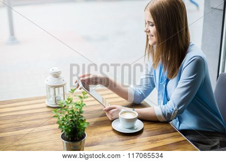 Using Free Wi-fi In Cafe