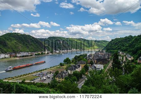 Panoramic View Of Sank-goar And Snak Goarshausen Medival Village And Rhine Vineyards On Slope Of The