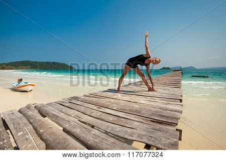 Summer yoga session in beautiful tropical island