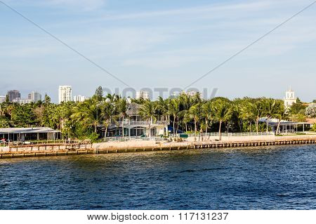 Coastal Homes On Shipping Canal
