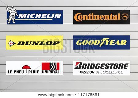 Facade of a store with major tire brands in the world