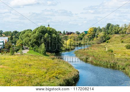 The River Kamenka In Suzdal.