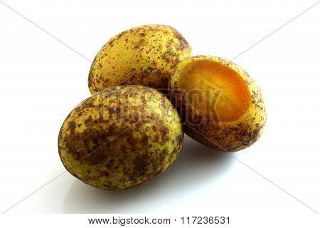 Spondias Pinnata  Fruit