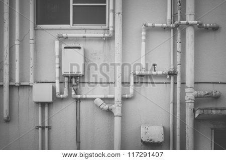 Pipeline water