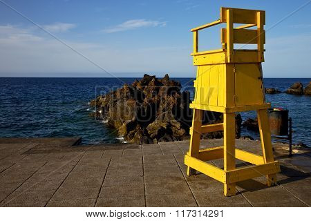 Garbage Basket Yellow Lifeguard Chair Cabin  In Lanzarote