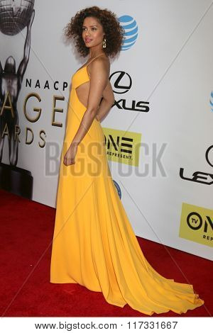 LOS ANGELES - FEB 5:  Gugu Mbatha-Raw at the 47TH NAACP Image Awards Arrivals at the Pasadena Civic Auditorium on February 5, 2016 in Pasadena, CA