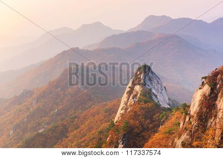 Autumn,sunrise Of Baegundae Peak, Bukhansan Mountains In Seoul, South Korea.