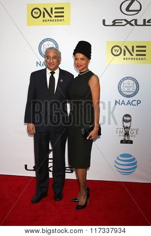 LOS ANGELES - FEB 5:  Victoria Rowell at the 47TH NAACP Image Awards Arrivals at the Pasadena Civic Auditorium on February 5, 2016 in Pasadena, CA