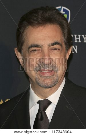 LOS ANGELES - FEB 5:  Joe Mantegna at the 24th Annual MovieGuide Awards at the Universal Hilton Hotel on February 5, 2016 in Los Angeles, CA