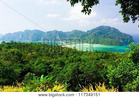 Palm Island Azure Bay