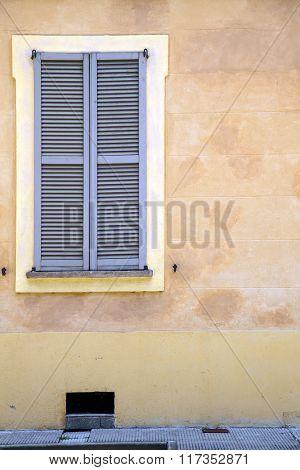 Jerago Window  Varese Palaces Italy     Concrete  Brick