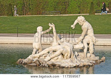Vienna, Austria - April 22, 2010: Fountain In Belvedere Palace Garden In Vienna, Austria