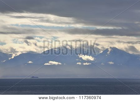Olympic Mountains, Strait of Juan de Fuca