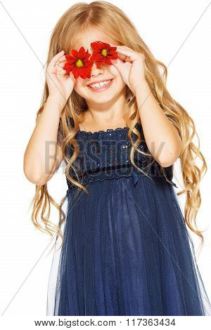 Little girl with eyes - flowers