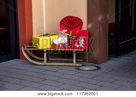 Christmas Decoration  With Sled And Gift Boxes  In Outlet