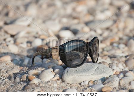 Accessory for eyes On The Beach