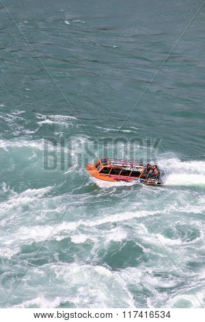 Niagara Jet Boat Tours