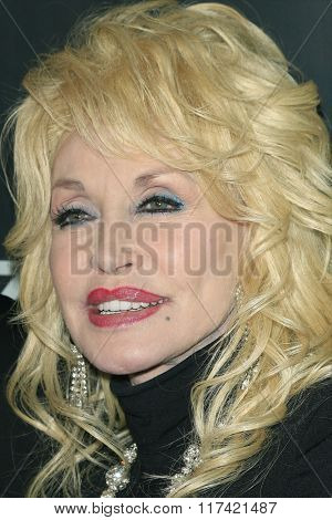 LOS ANGELES - FEB 5: Dolly Parton at the 24th Annual MovieGuide Awards at Universal Hilton Hotel on February 5, 2016 in Universal City, Los Angeles, California