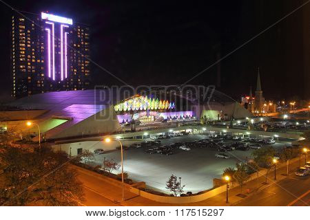 NIAGARA SENECA CASINO & RESORT