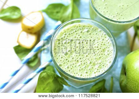Green Smoothie With Apple,banana And Spinach.