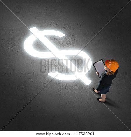 Businesswoman making desicion
