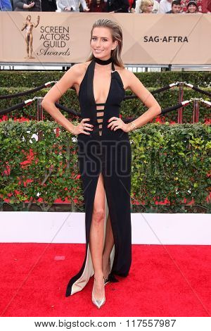 LOS ANGELES - JAN 30:  Renee Bargh at the 22nd Screen Actors Guild Awards at the Shrine Auditorium on January 30, 2016 in Los Angeles, CA