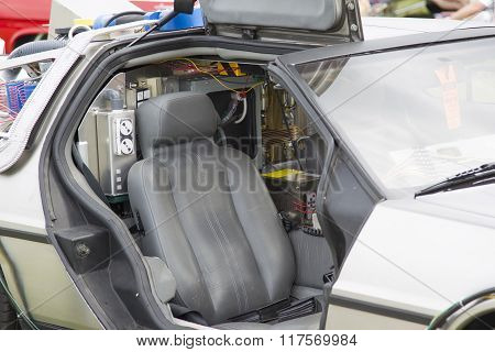 Delorean Dmc-12 Back To The Future Car Model Inside View