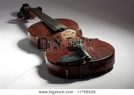 extremely old scratched violin
