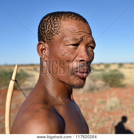 Portrait Hunter Bushman, Namibia