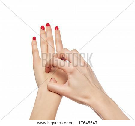Female hand itches.