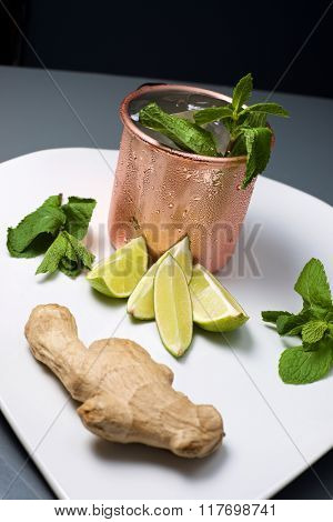 Moscow mule, also known as Vodka buck, and ingredients.