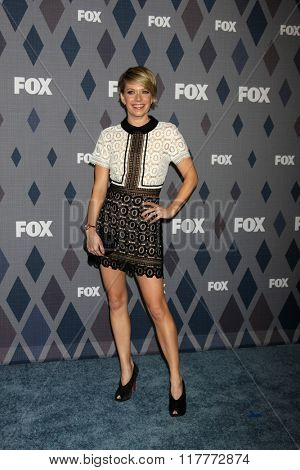 LOS ANGELES - JAN 15:  Mary Elizabeth Elllis at the FOX Winter TCA 2016 All-Star Party at the Langham Huntington Hotel on January 15, 2016 in Pasadena, CA
