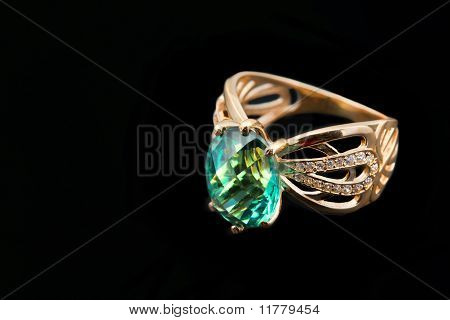 Elegant Female Jewelry  With Emerald