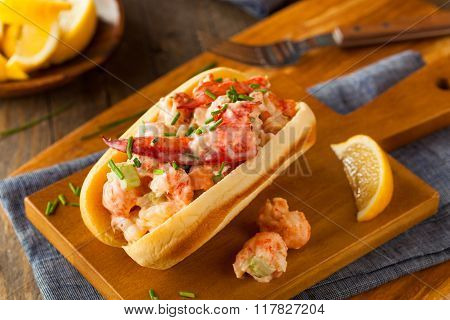 Homemade New England Lobster Roll