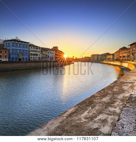 Pisa, Arno River Sunset. Lungarno View. Tuscany, Italy