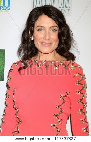 LOS ANGELES - FEB 10:  Lisa Edelstein at the 17th Annual Women's Image Awards at the Royce Hall on February 10, 2016 in Westwood, CA