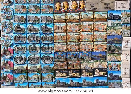 Few Rows Of Magnet Souvenirs From Rome: Colosseo, Piazza San Petro And Piazza Di Spagna