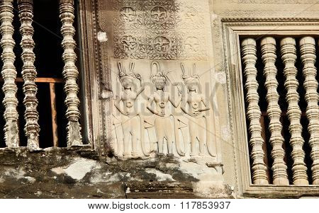 Apsaras Gallery At Angkor Wat