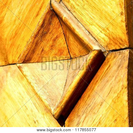 Busto Arsizio Abstract   R  Closed Wood Italy  Lombardy