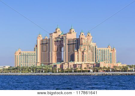 background view of the Atlantis hotel in Dubai