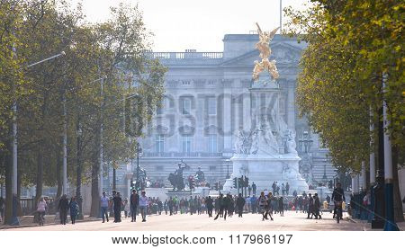 LONDON, UK - OCTOBER 4, 2016: view of Buckingham palace and queen Victoria monument from the Mall wi