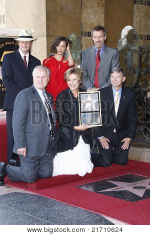 LOS ANGELES - AUG 6: Sam Smith, Maggie Gyllenhaal, Hugh Laurie, Tom Labonge, Emma Tho at the Walk of Fame ceremony where Emma Thompson receives the 2415th in Los Angeles, California on August 6, 2010