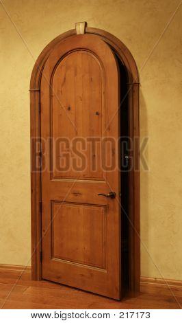 A porta de abertura