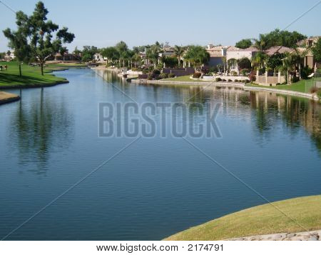 Arizona Lakefront Homes