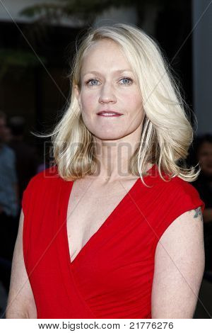 LOS ANGELES - AUG 30: Paula Malcomson at the Season Three premiere screening of 'Sons of Anarchy' at the Cinerama Dome in Los Angeles, California on August 30, 2010
