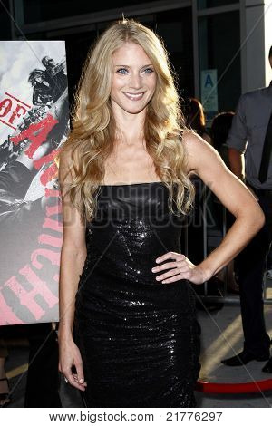 LOS ANGELES - AUG 30: Winter Ave Zoli at the Season Three premiere screening of 'Sons of Anarchy' at the Cinerama Dome in Los Angeles, California on August 30, 2010