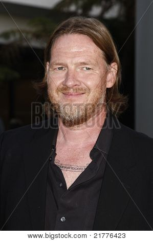 LOS ANGELES - AUG 30: Donal Logue at the Season Three premiere screening of 'Sons of Anarchy' at the Cinerama Dome in Los Angeles, California on August 30, 2010