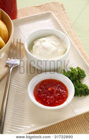 Salsa de ají y crema agria