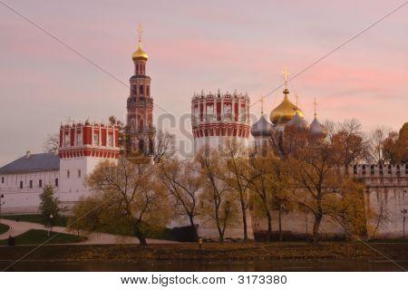 Novodevichiy Monastery At Sunset
