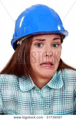 Un tradeswoman despavorido